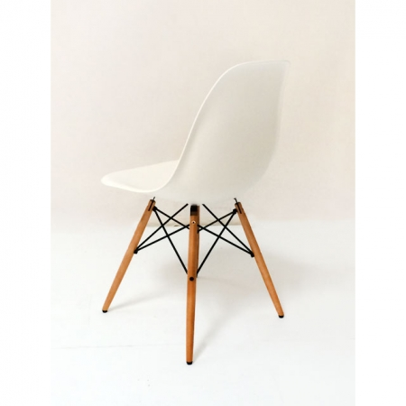 vitra dsw plastic side chair farbe weiss by charles ray eames 1950. Black Bedroom Furniture Sets. Home Design Ideas